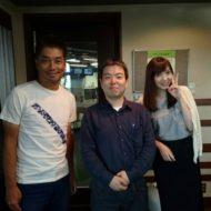 東京FMの「クロノス」ザ・スターターズのコーナーで出演、真ん中が代表の原田、左側が番組パーソナリティーの中西哲生さん、右側が高橋万里恵さん