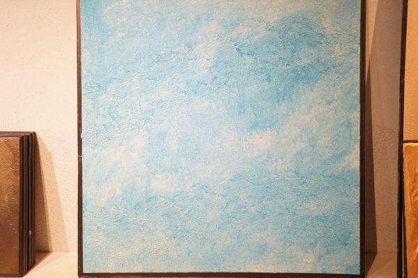 中央にオルトレマテリアの海の波のイメージのサンプル 正面のアングル