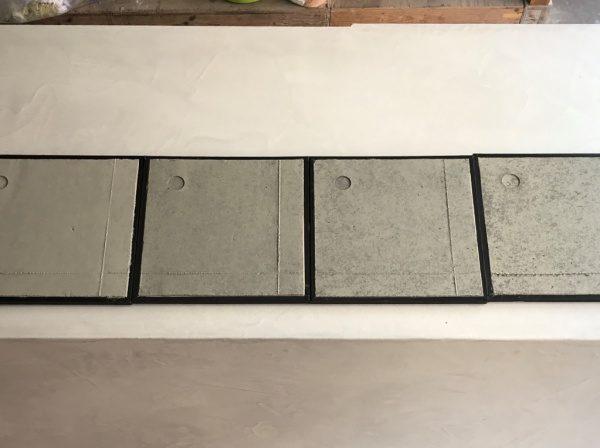 コンクリート打ち放し風仕上げ 濃い色 薄い色 色見本を作成