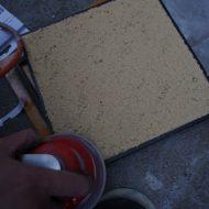 土壁サンディングサンプル作成の模様