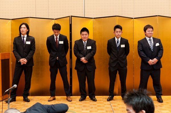 今年は5名の新しい職人さん、新人さんが入社しました