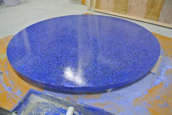 テーブル天板ビールストーン青の研ぎ出し完了