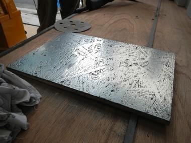 ミダスメタル Midas Metall ミダスメタルサンプルOSB材の上に塗ったもの