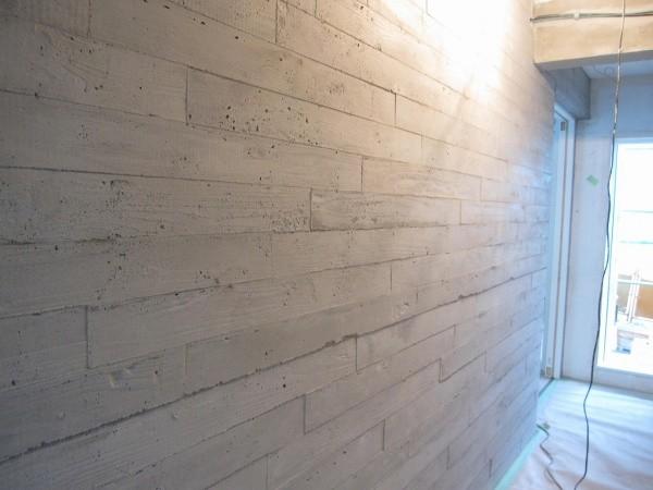 うづくりモルタル現場施工例 浮造り うづくり木目モルタル