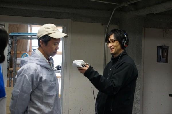 インタビューの模様、左が中島文夫さん、右がインタビュアーさん