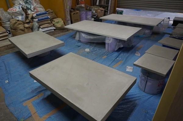 様々なサイズのモールテックスのテーブル天板