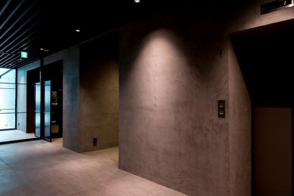 モールテックスを施工したマンションのエントランス画像4