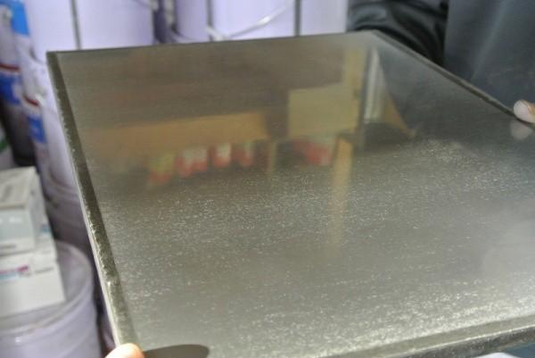 ミダスメタル亜鉛の見本板鏡面に近い仕上げ