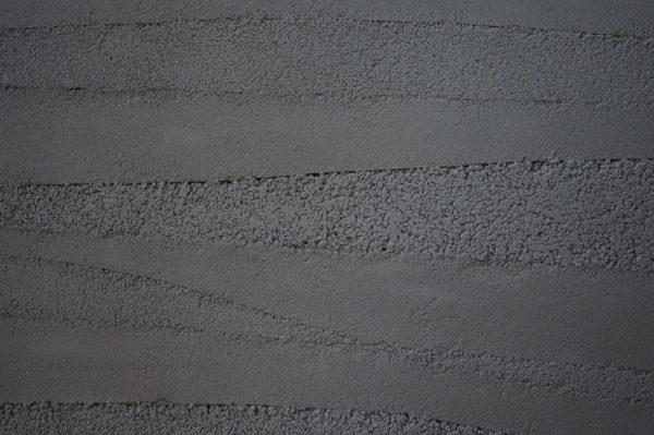 変化をつけた塗り版築仕上げ試作