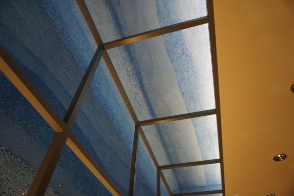 壁、天井でRに続く部分はこのような感じ