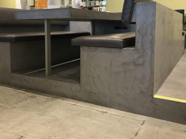 モールテックスを飲食店のカウンター・テーブルに施工しました。