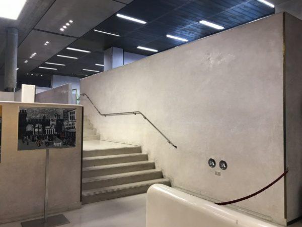ヴェローナ銀行 階段スタッコ仕上げ