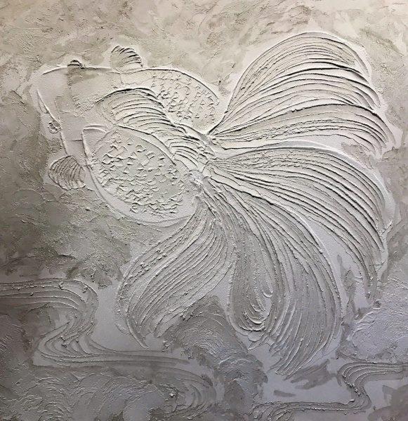 モルタルでアート仕上げ 金魚 単色
