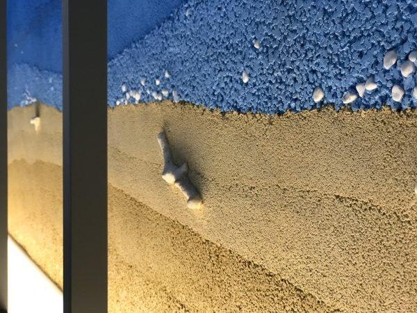 塗り版築 砂浜と空の仕上げ