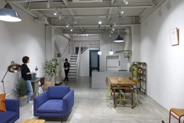 モールテックス フォトスタジオ キッチンに施工