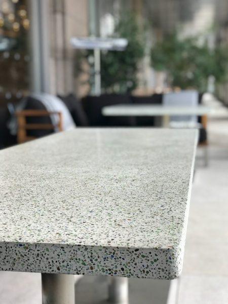 ビールストーン テーブル天板 白 色ガラス仕上げ