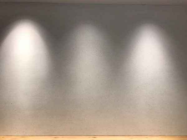 ビールストーン 壁面 ビアンコカララ
