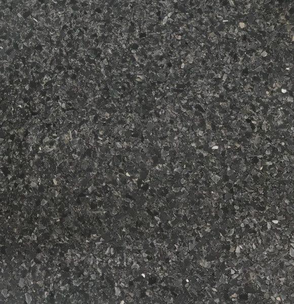 黒色のビールストーンに黒い骨材を入れたサンプル見本