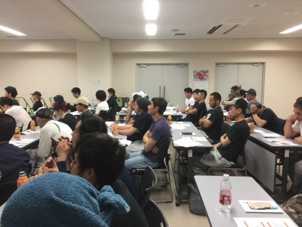 ハラスメント研修、講習に参加する原田左官の職人さん達