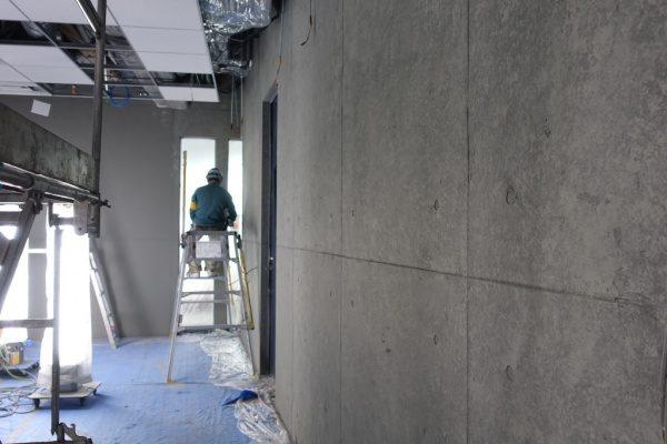 石膏ボード下地に施工した原田左官オリジナル仕上げコンクリート打ち放し風仕上げ