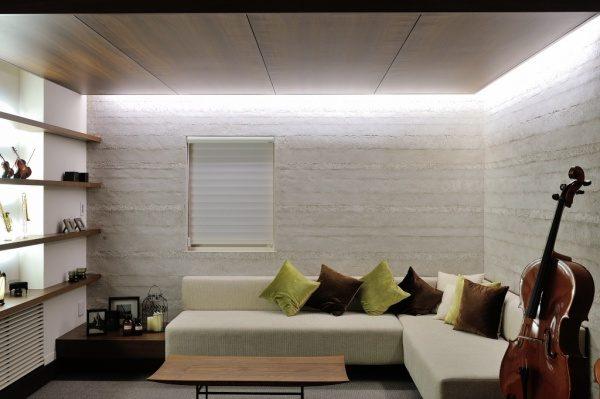 塗り版築の壁。新百合ヶ丘住宅展示場
