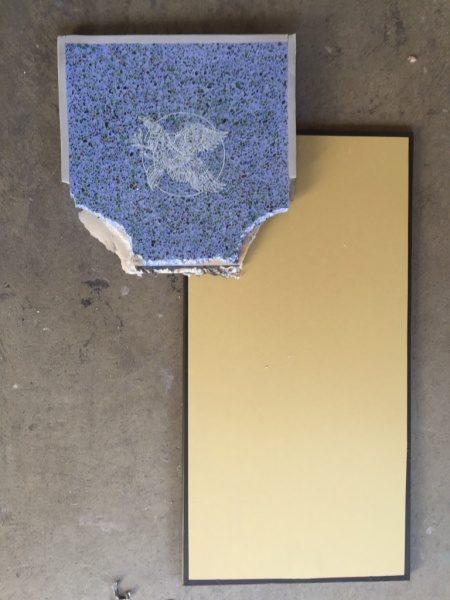 ビールストーン青のレーザー彫刻サンプルと塗り足しサンプル板