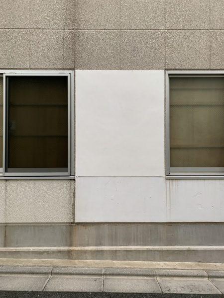 原田左官第2倉庫の外壁。漆喰押さえ
