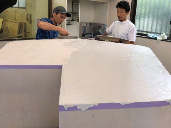 オルトレマテリアフィーネの白で模様を付けた什器