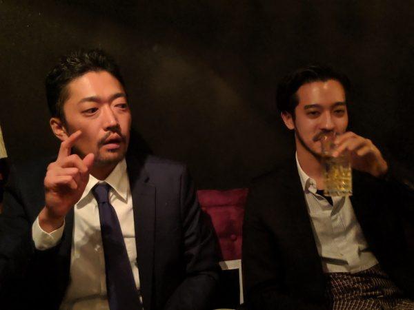 銀座スターバーNAMIKIのレセプション参加中の原田左官吉成さんと井上さん