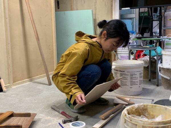 原田左官2020年度新入生塗り壁トレーニング