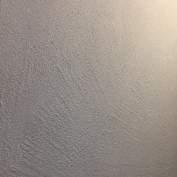 オルトレマテリアフィーネ白の鏝模様仕上げサンプル