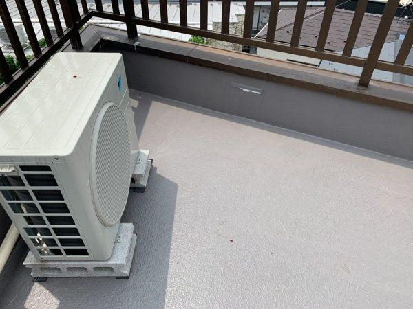 リボール式防水でL4トップコートで施工後の屋上。原田左官施工