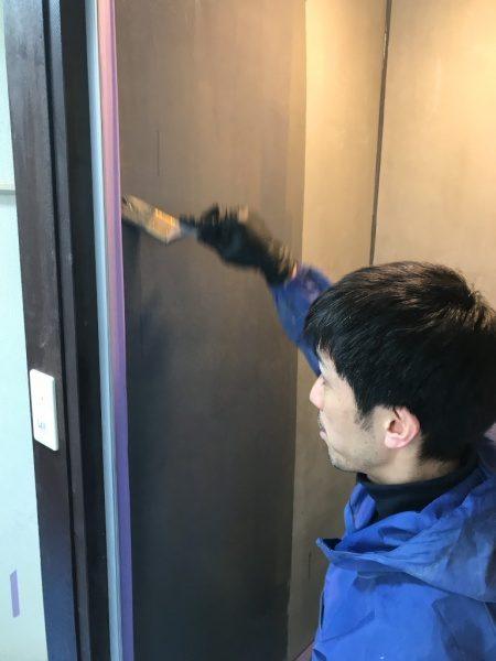 シャワー室のリボール防水。プライマー塗り原田左官施工