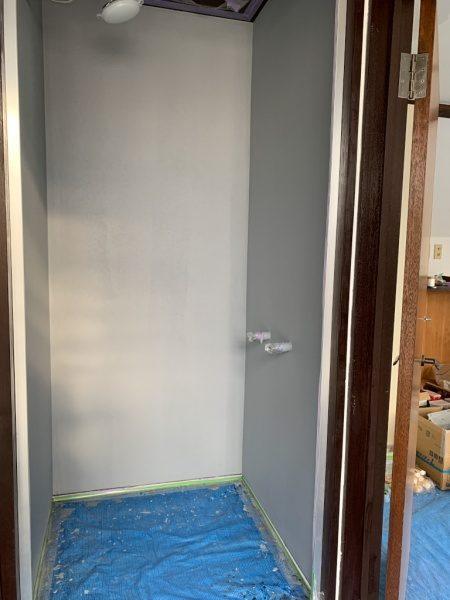 シャワー室のリボール式防水。原田左官施工。施工完了の状態