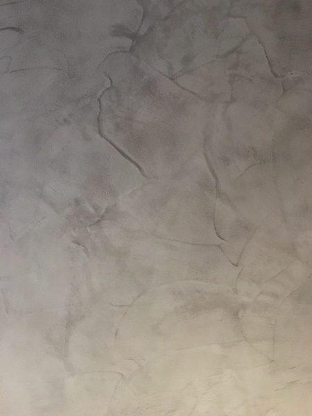 モールテックスグレー壁に施工