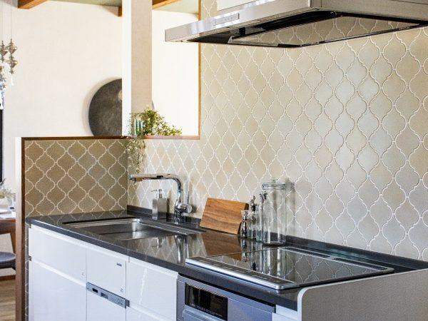 キッチンタイルの施工例TNコーポレーション