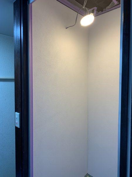 シャワー室オルトレマテリア白