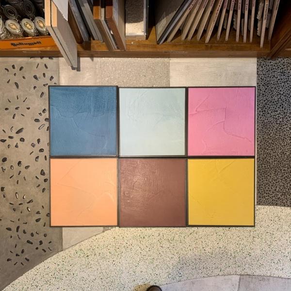 床に置かれているモールテックス新色サンプル6種類