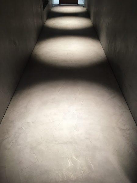 モールテックスで施工されたオフィスの床
