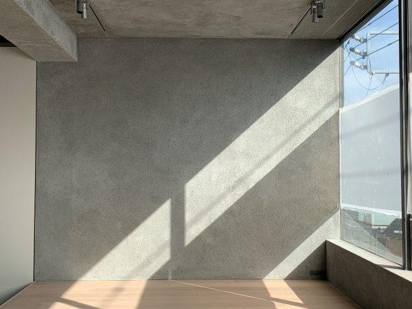 セメントリシン搔き落とし仕上げの壁や天井