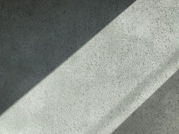 セメントリシン搔き落とし仕上げの壁